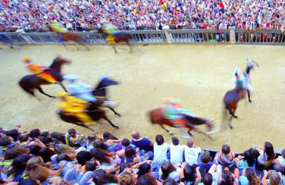 ITALY-TRADITION-HORSERACING
