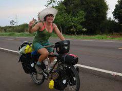 ciclista gira mondo