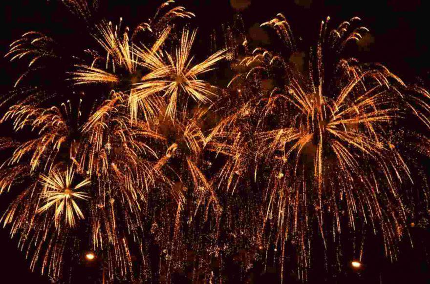 cane paura fuochi artificio botti