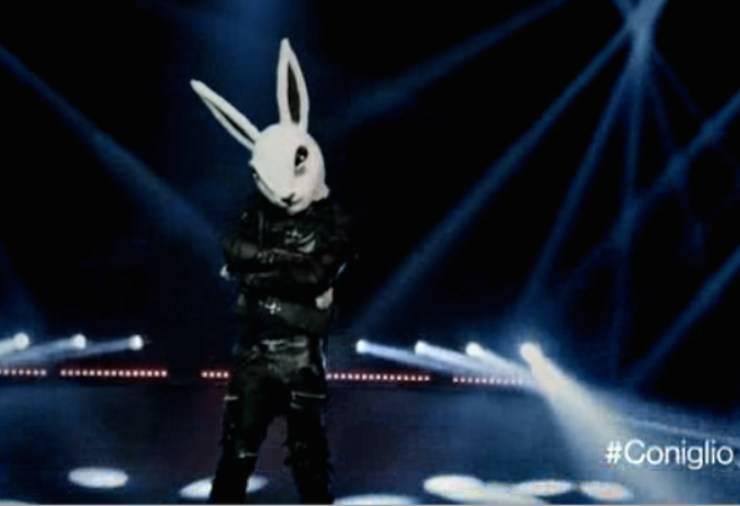 il-cantante-mascherato-coniglio