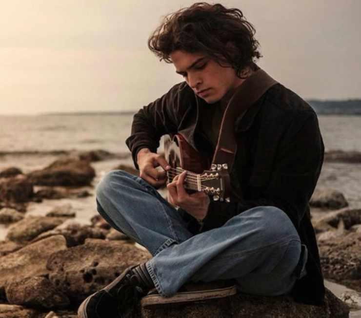 Leo e l'amore per la musica (Foto Instagram)
