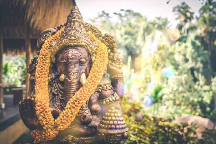 statua elefante sacro