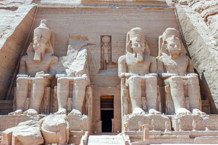Cuccioli nell'Antico Egitto