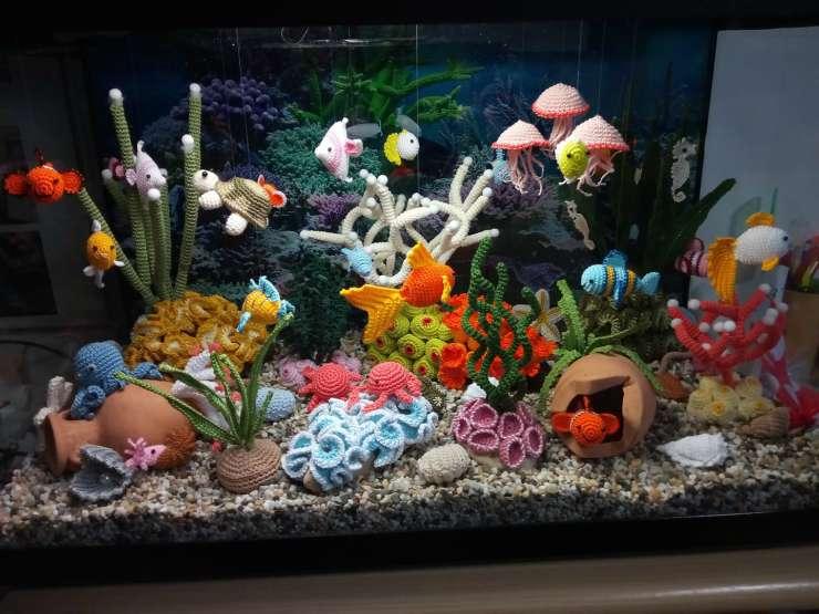 L'acquario all'uncinetto (Foto Facebook)