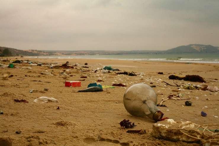 Il problema dell'inquinamento marino (Foto Pixabay)
