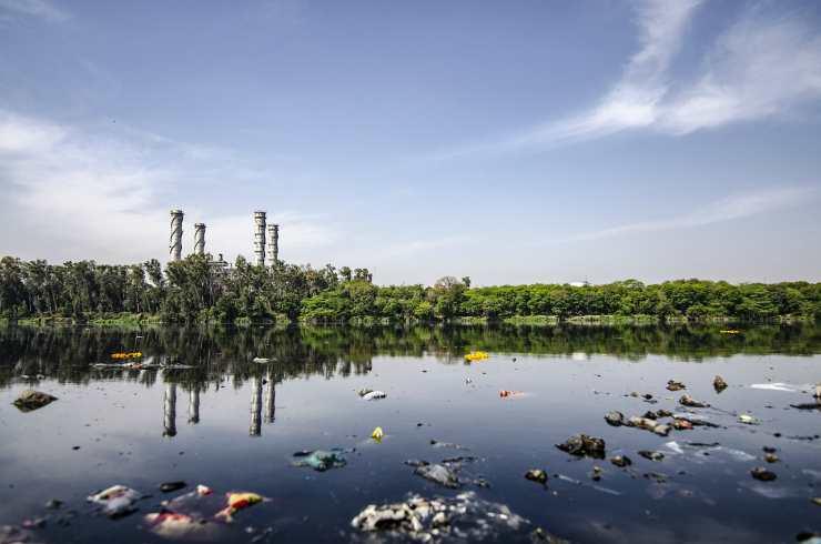 Inquinamento in città (Foto Pixabay)