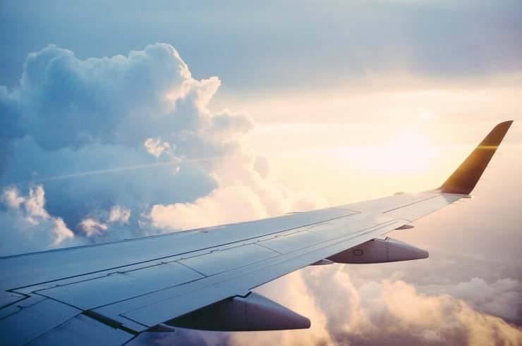 Ala dell'aereo (Foto Pixabay)