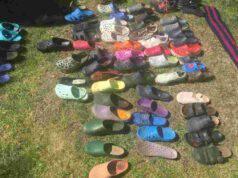 Le scarpe rubate (Foto Twitter)