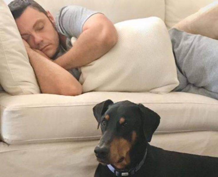 È morto il cane di Tiziano Ferro: