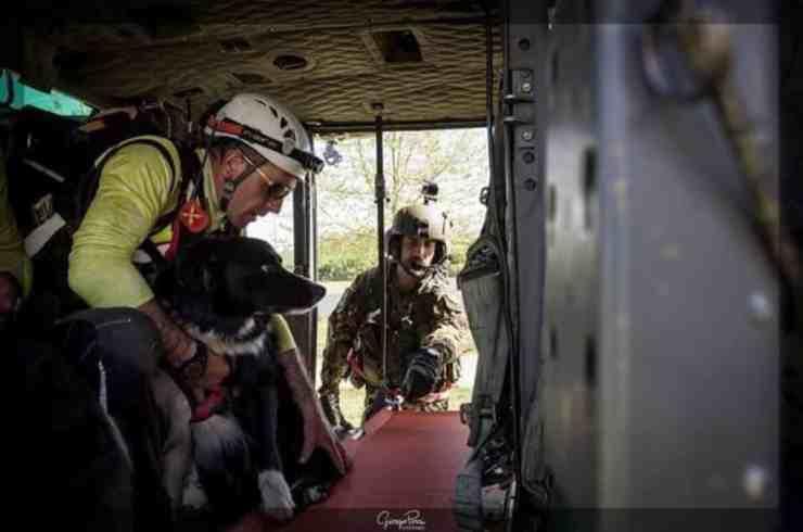 """Moss, il """"professore"""" che prestò soccorso nei terremoti di Amatrice (foto Facebook)"""