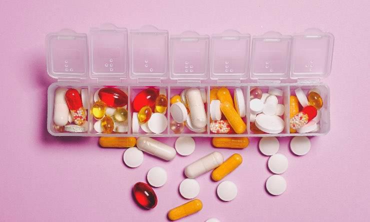 porta pillole settimanale