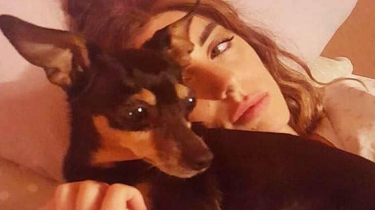 La cantante e la cagnolina (Foto Instagram)