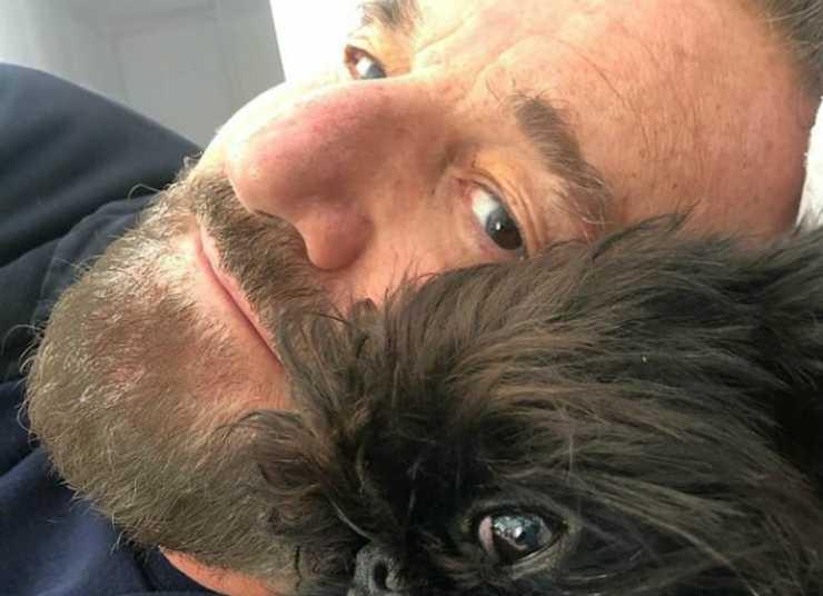 Christian e il cane (Foto Instagram)