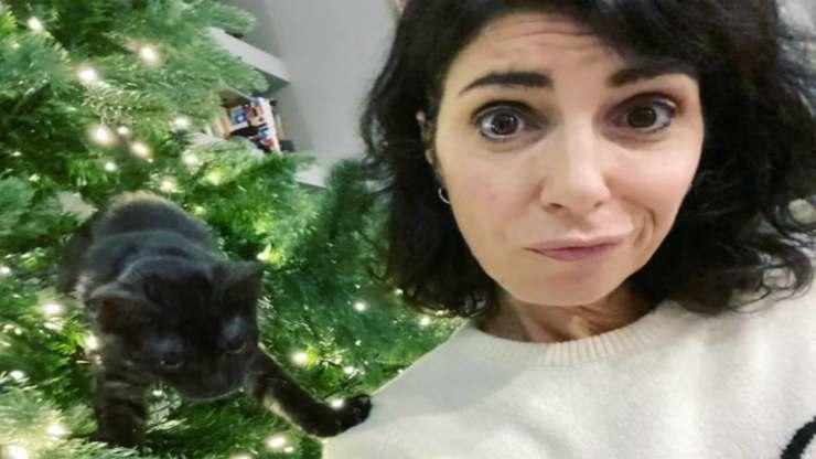 Giorgia e l'albero di Natale (Foto Instagram)