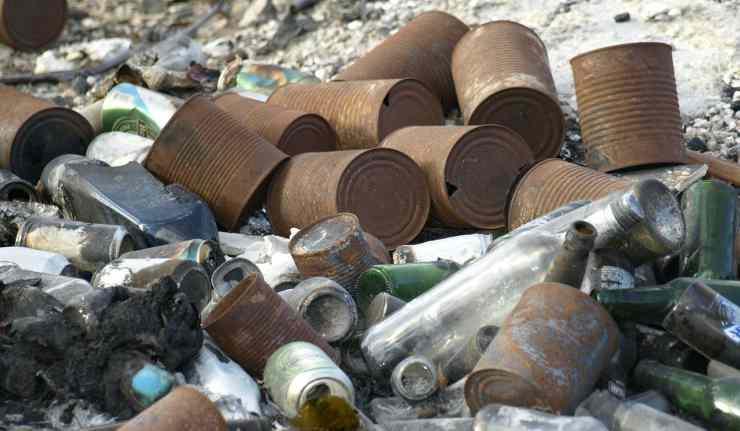 Accumulo di rifiuti (Foto Pixabay)