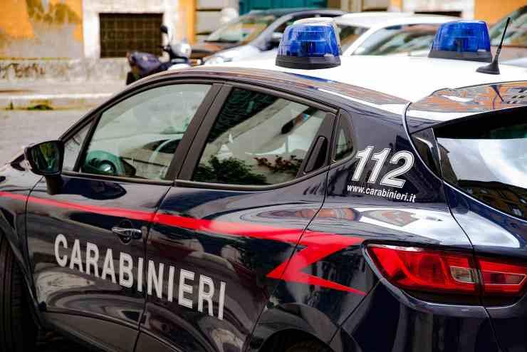 auto dei carabinieri (Foto Pixabay)
