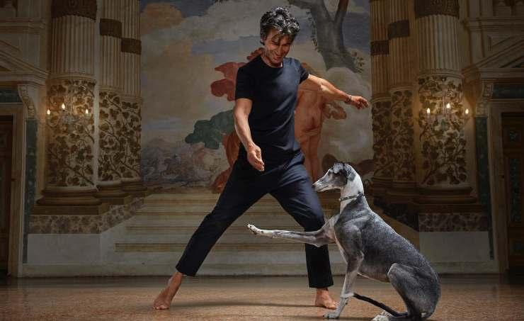 Kledi balla con il levriero (Foto Facebook)