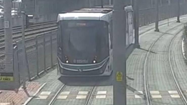 Tram Autista Tartaruga Rotaie Video