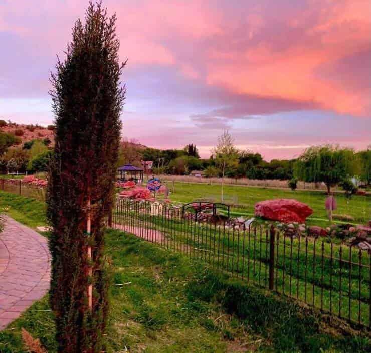 Selah House Respite Center e Carefarm (Screen Facebook)
