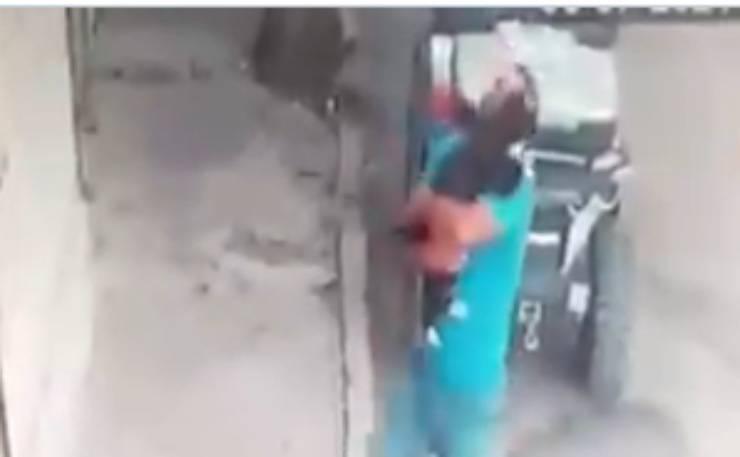 Il commovente abbraccio (Foto video)