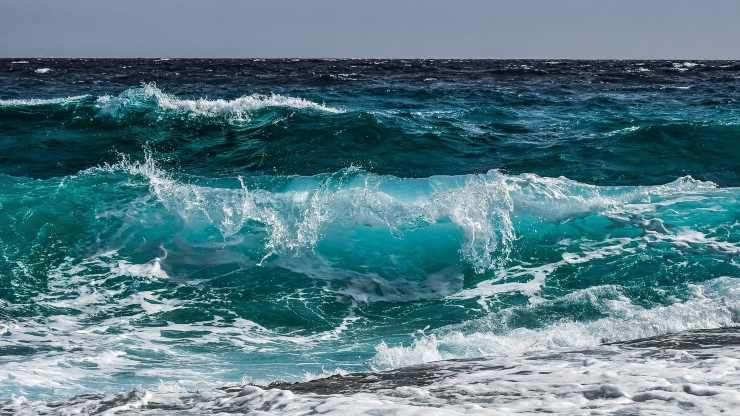 Mare agitato (Foto Pixabay)