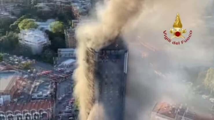 Incendio grattacielo Milano (Screen Video)