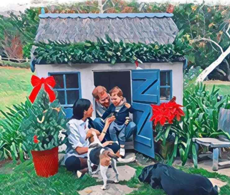 Meghan Markle e i suoi cani nella card di Natale