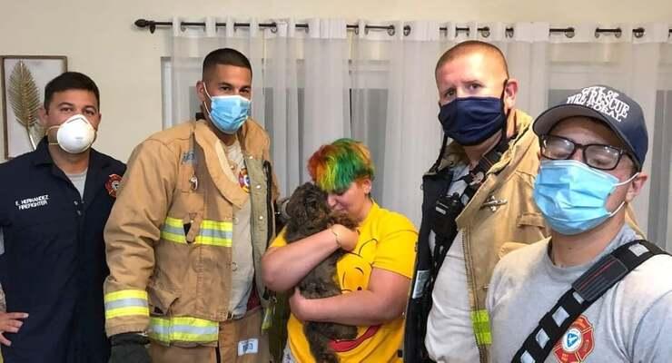 bambina di soli 11 anni salva il cane dalla casa dei vicini in fiamme (Foto Facebook)