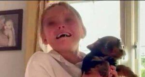 Dopo anni di No riceve finalmente il cane che tanto desiderava(Screen Video)